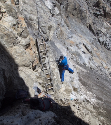 Dem Alpenverein kosten die überall notwendig gewordenen Sanierungsarbeiten eine Unsumme an Geld!